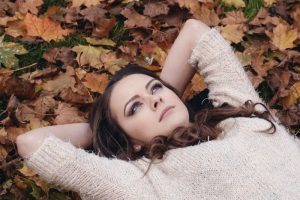 Cum descoperim cine e extrovertit si cine e introvertit